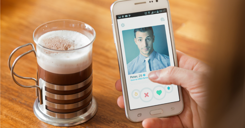 5 Reasons Why Tinder and Budgeting Are Basically the Same Thing
