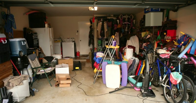 How to Make $2,000 per Month Selling Items from Garage Sales