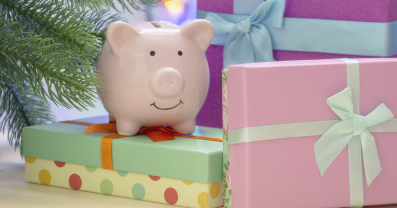 Ways to Save Money on Gifts for Family and Friends