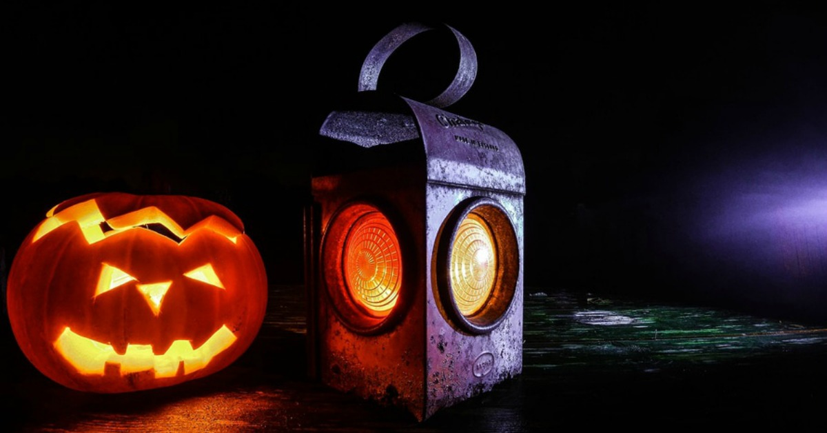 12 Terrifying Financial Facts about Halloween